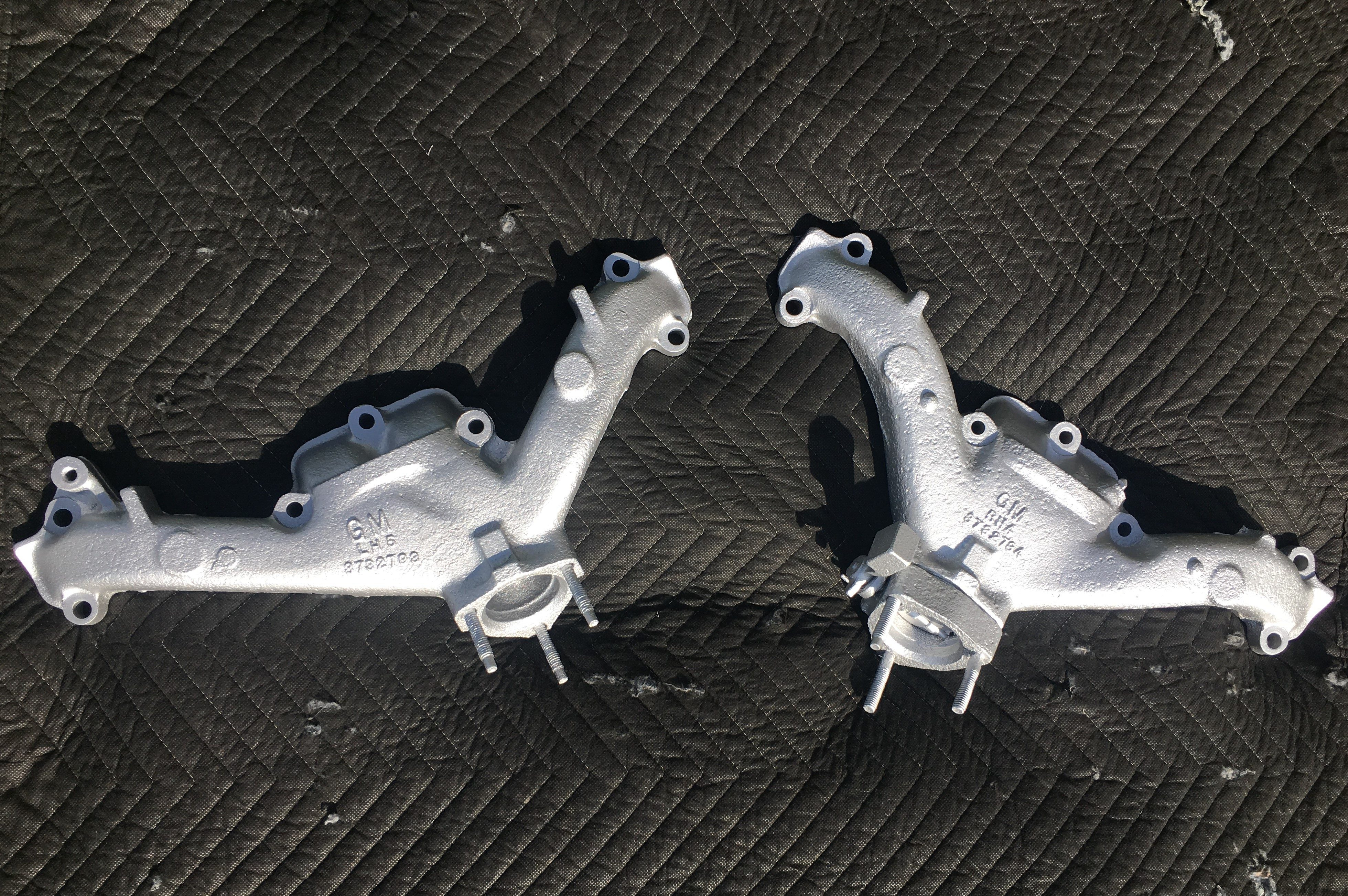 Glacier Silver - GM Exhaust Manifolds 000