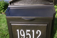 #61 Dark Bronze Mailbox with #303 Suge White
